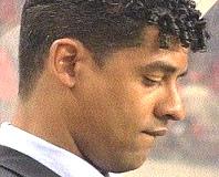 Rijkaard gục đầu sau thất bại trên sân Villarreal.
