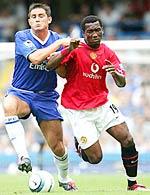 Những cuộc đối đấu giữa MU và Chelsea luôn diễn ra quyết liệt.
