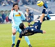 Del Piero (trái) có làm CĐV Juve tạm quên Ibra?
