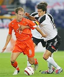 Robben đã khiến những hảo thủ như Ballack hay Kahn hết sức vất vả.