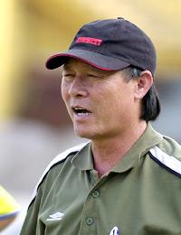 HLV Nguyễn Thành Vinh rất hiểu bóng đá Việt Nam. Ảnh: Anh Tuấn