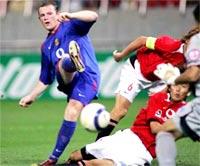 Rooney đang có phong độ rực sáng.
