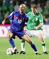 Zidane chỉ đóng vai trò cầu nối hơn là kiến tạo.