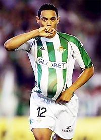 Ricardo Oliveira sẽ mang bầu khi Betis tiếp Liverpool?