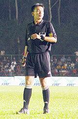 Trọng tài Minh Trí tại SEA Games 2005.