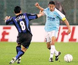 Cesar (phải) sẽ sang Inter vào tháng 1/2006?