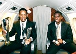 Ronaldinho và Eto'o