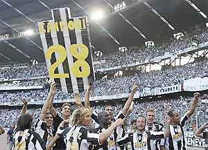 Juventus cùng Barca và Chelsea đang tunh hoành tại cựu lục địa.