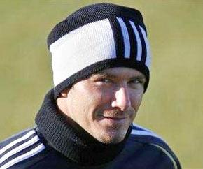 Beckham sẽ trở lại đội hình Real tối nay, dù chỉ là trên băng ghế dự bị.