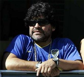 Maradona xem trận đấu của Boca Juniors hôm 18/3, mười ngày trước khi nhập viện.