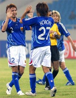 Nhật Bản ăn mừng bàn thắng. Ảnh: Hoàng Hà,