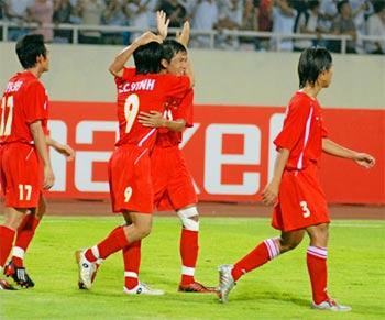 Việt Nam ăn mừng bàn thắng, nhưng không giữ được chiến thắng. Ảnh: Hoàng Hà.
