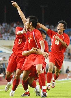 Việt Nam sẽ được ăn mừng bàn thắng như trận gặp Qatar cuối tuần qua? Ảnh: Hoàng Hà.