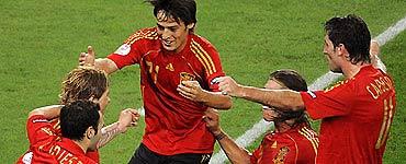 Tại Euro 2008, Tây Ban Nha thường buộc các đối thủ phải chơi theo ý của mình.