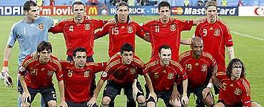 Luôn ra sân với những cầu thủ tốt nhất là một yếu tố quan trọng dẫn tới phong độ ổn định.