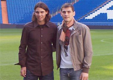 Nadal có mối quan hệ thân thiết với Casillas, đội phó của Real và là thủ quân của đội tuyển Tây Ban Nha vô địch Euro 2008.
