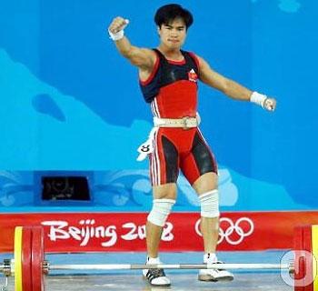 Hoàng Anh Tuấn đã thi đấu đúng sức tối nay. Ảnh: JAMD.