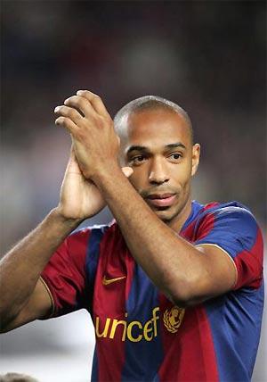 Henry và Barca đang cần được giải tỏa sức ép ghi bàn.