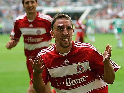 Cuộc đụng độ giữa Barca và Bayern ở vòng tứ kết sẽ là thước đo đánh giá tài nghệ của Ribery.