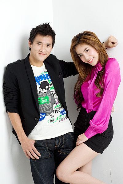 Công Vinh và ca sĩ Thủy Tiên xuất hiện trong bộ ảnh dành cho tạp chí tuổi teen