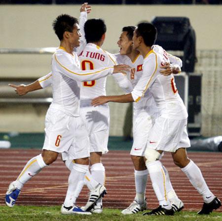 U23 Việt Nam tiếp tục gắn bó với sắc áo may mắn. Ảnh: An Nhơn.