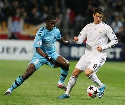 """Ronaldo có khả năng xoay xở, tăng tốc, """"cắt đuôi"""" nhanh chóng."""