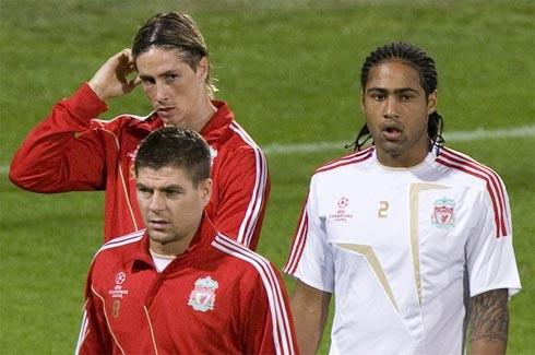 Giờ là lúc Liverpool phải nỗ lực để lấy lại niềm tin trong người hâm mộ sau một năm 2009 đáng thất vọng. Ảnh: Reuters.