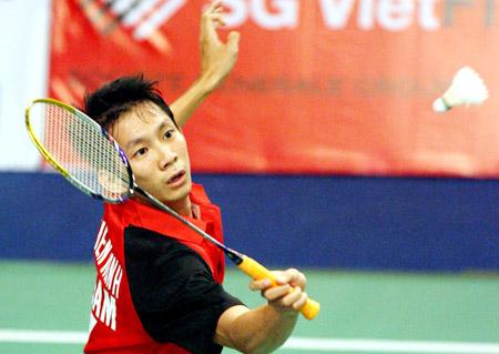 Tiến Minh không mất quá nhiều sức lực để đoạt vé vào tứ kết. Ảnh: AFP.