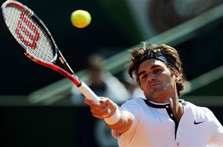 Roger Federer khởi đầu dễ dàng.