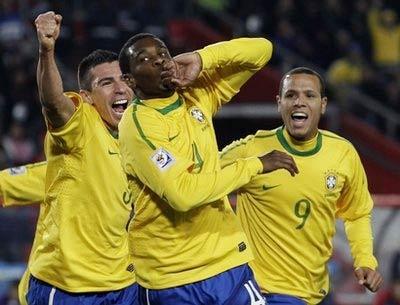 Brazil thắng 3, hòa 1 trận từ đầu World Cup 2010.