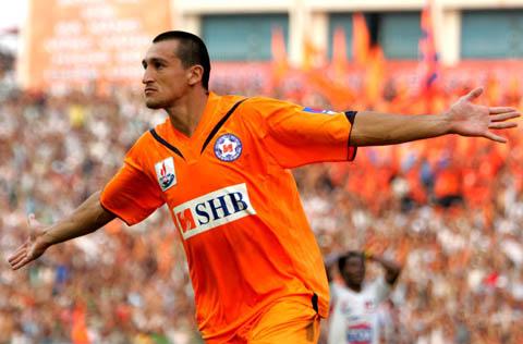 Melo ghi bàn ấn định chiến thắng 2-0 cho Đà Nẵng. Ảnh: An Nhơn.