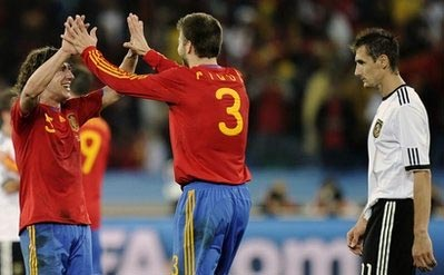 Nếu ghi hai bàn hoặc hơn, Klose sẽ đi vào lịch sử với tư cách cầu thủ ghi nhiều bàn nhất tại World Cup.