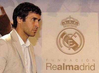 Raul ra đi và để lại nhiều kỷ lục khó phá tại Bernabeu.