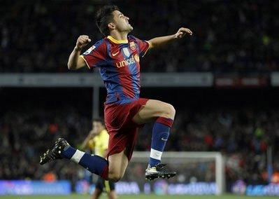 Villa nhận được sự cổ vũ nồng nhiệt của khán giả tại sân Nou Camp.