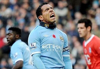 Thêm một trận đấu đáng thất vọng của Tevez và đồng đội.