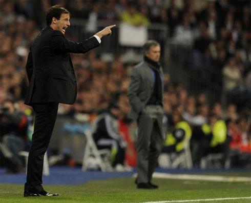 Allegri từng được xem là khắc tinh của Mourinho ở mùa giải 2008-2009, khi dẫn dắt Cagliari giành tới 4 điểm trước Inter. Ảnh: AFP.