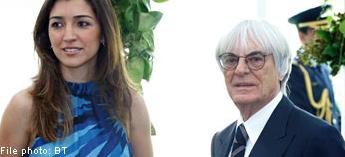 Ecclestone và bạn gái 31 tuổi, Flosi ở chặng đua Singapore năm nay.