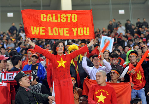 Niềm tin vào thầy trò Calisto đã trở lại với người hâm mộ, sau nhiều kết quả không như ý trước AFF Cup 2010. Ảnh: Hoàng Hà.