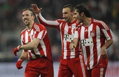 Sự trở lại của Ribery có ý nghĩa quan trọng đối với Bayern trong khi Robben chưa lành chấn thương.