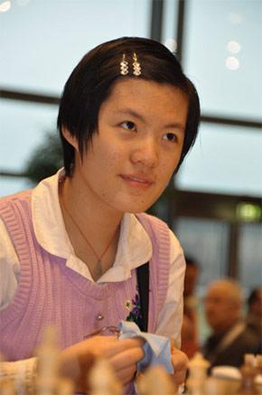 Hou Yifan.