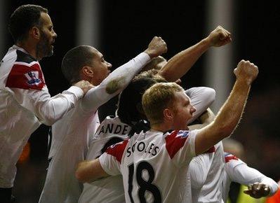 MU bây giờ đã hơn đội đứng thứ hai Arsenal 5 điểm sau cùng 23 trận.
