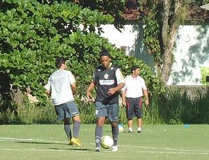 Cựu cầu thủ hay nhất thế giới trên sân tập của Flamengo.