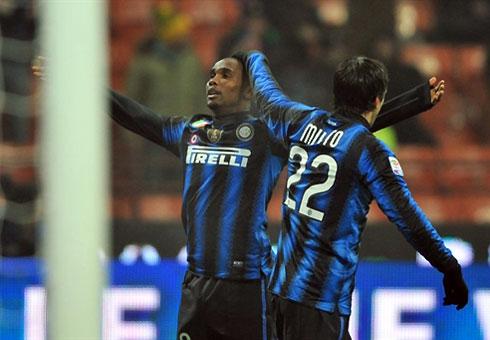 Với Pazzini, Inter sẽ có một lựa chọn và giảm tải cho cặp Eto'o - Milito. Ảnh: AFP.