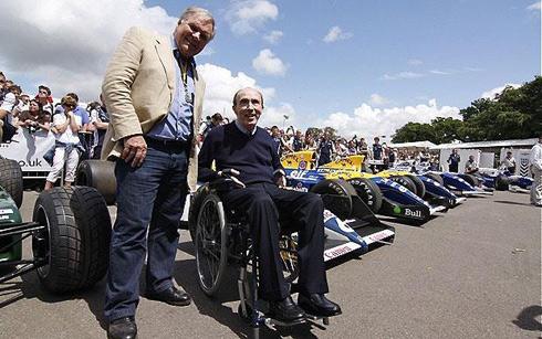 2 đồng Chủ tịch Sir Frank Williams (giữa) và Patrick Head vẫn sẽ sở hữu phần lớn cổ phiếu của Williams sau đợt IPO. Ảnh: Telegraph