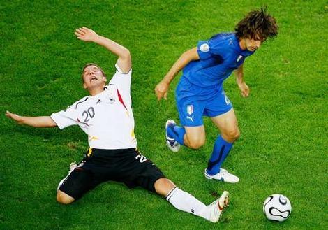 Thất bại dưới tay Italy năm 2006 đến giờ vẫn còn là nỗi đau với tuyển Đức.