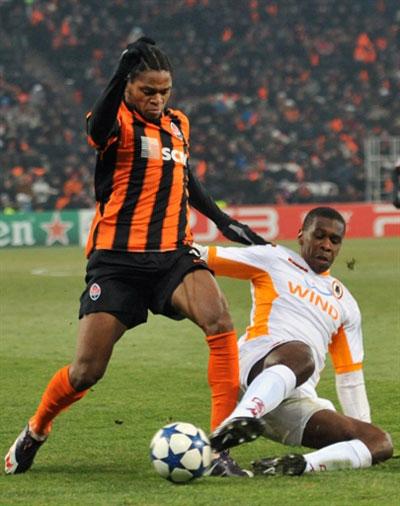Shakhtar xứng đáng chiến thắng nhờ thái độ thi đấu nghiêm túc và quyết tâm mà họ thể hiện ở cả hai lượt trận. Ảnh: AFP.