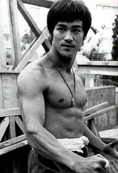Bruce-Lee-1299776400.jpg
