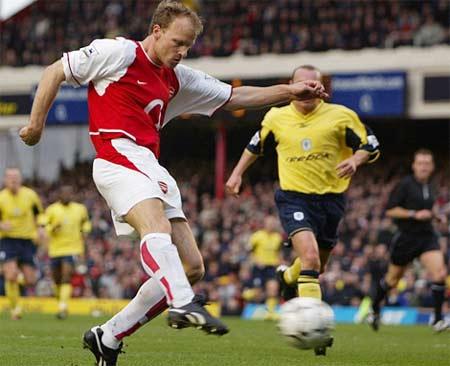 Dennis Bergkamp (Arsenal, 1995 – 2006)