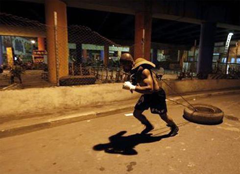 Slum-boxing-4-1302282000.jpg