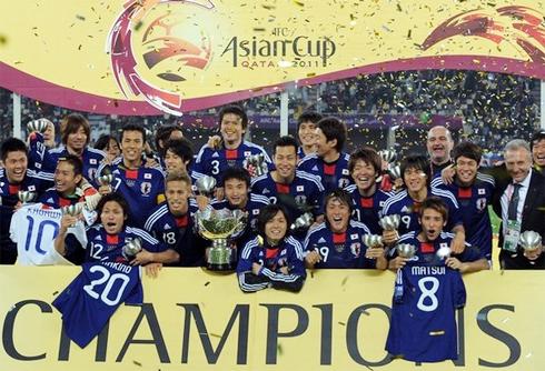 Nhật là đội tuyển ĐKVĐ châu Á và từng một lần làm khách mời ở Copa America 1999.